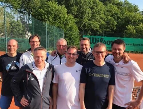 Herren 40 steigen in die 1. Bezirksliga auf – Jens Teichert gewinnt Bezirksmeistertitel